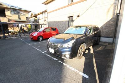 【駐車場】ヴィラージュ B棟