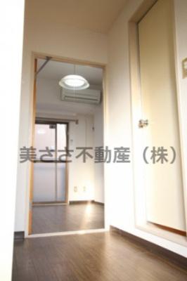 【玄関】シャトーレ・18