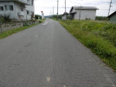 【前面道路含む現地写真】黒石市上十川土地
