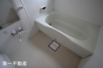 【浴室】シャーメゾンクレセオ上中B