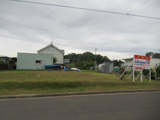 【前面道路含む現地写真】北見市東陵町117番23 売土地