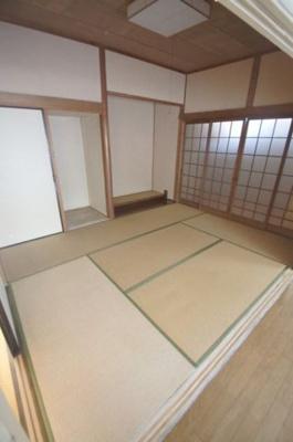 那の川戸建Ⅱ(1-2階) 6畳の和室
