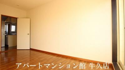 【居間・リビング】ルーミー牛久123