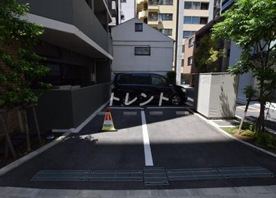 【駐車場】ロイジェント新橋