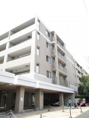 東急田園都市線「たまプラーザ」駅徒歩圏内!鉄筋コンクリートの6階建て分譲賃貸マンションです♪
