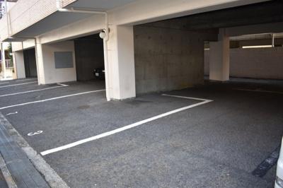 【駐車場】メゾンイサム