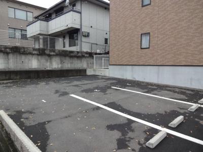【駐車場】レオネクスト西宮北六番館