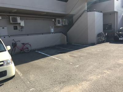 【駐車場】桃田マンション