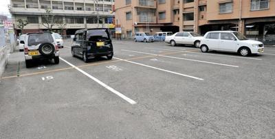 【駐車場】レジデンス・トミ