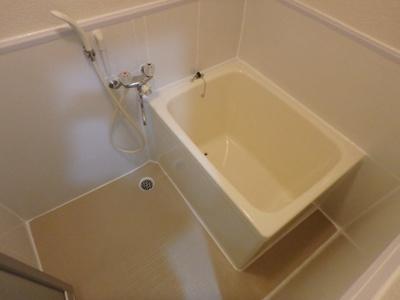 【浴室】サイレンスハイム