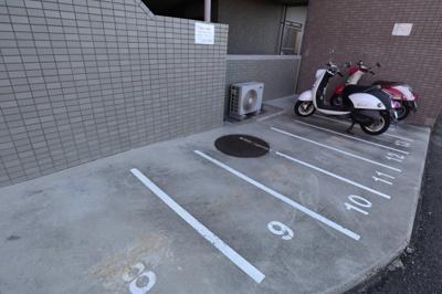 【駐車場】交野グリーンマンション