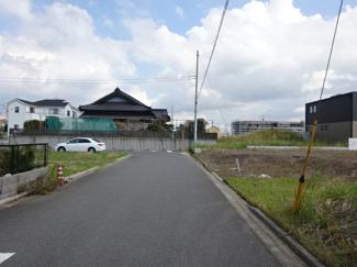 グランファミーロ金田東6 新築一戸建て 袖ヶ浦駅 6mの幅員なので車同士のすれ違いもスムーズで安心です♪