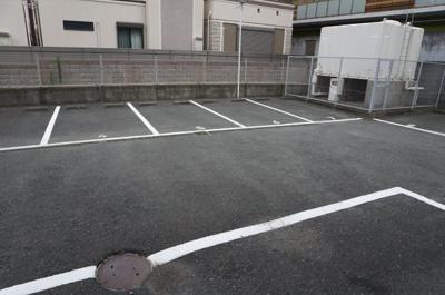 【駐車場】クレスト石山