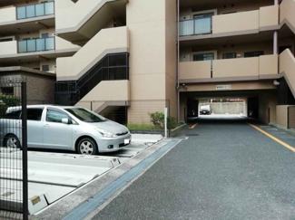 敷地内駐車場、現況空きあります♪(20,000円/月額)