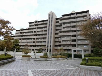 【現地写真】 総戸数80戸のマンションです♪