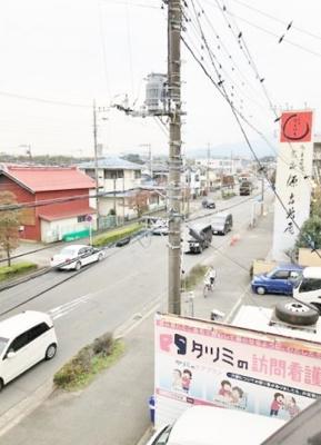 前の道路です 小川ビル