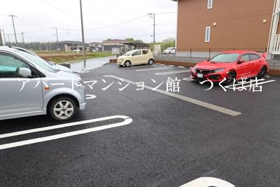 【駐車場】セラヴィ A