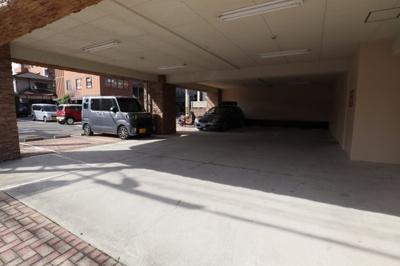 【駐車場】ロータリーマンション香里西之町