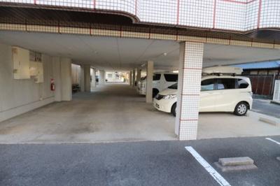 【駐車場】ヴァイセスシュロス南茨木