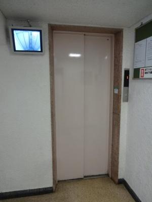 根岸武蔵野マンション エレベータ