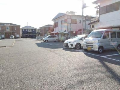 【駐車場】グリーンハイツ高見原
