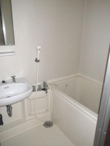 【浴室】ホワイトハウスⅢ