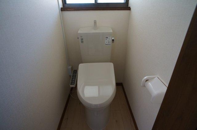 板間付きで収納スペース確保!