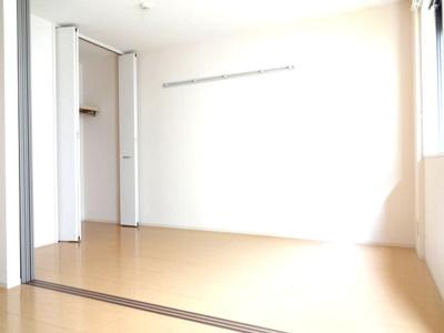 【寝室】セジュールモナリエ篠山