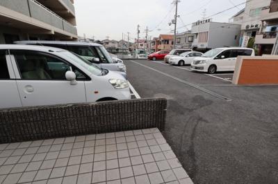 【駐車場】アメニティ・コウズ