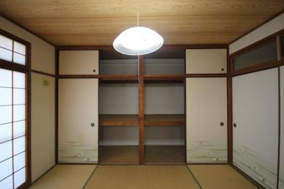 【収納】六甲ロイヤルマンション