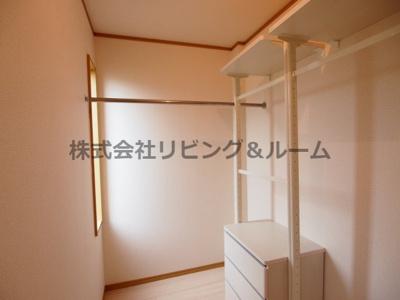 【洋室】ファンテン・ヴィラ D