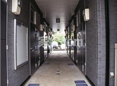 【エントランス】レオパレスキャピタル平松(34428-202)
