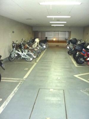 自転車・バイク 空き状況要確認 コスモ上野パークサイドシティ