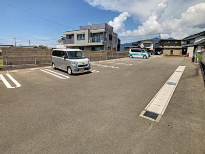 【駐車場】エクシード