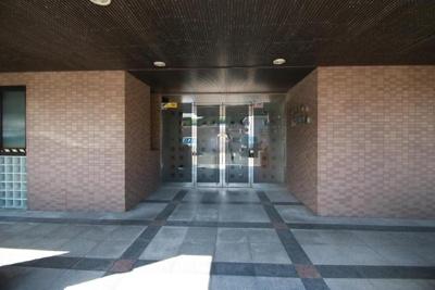 【エントランス】サンシティ新下関駅前 301号室