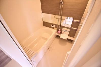 【浴室】アーバンウッド