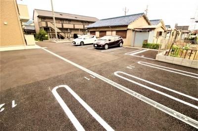 【駐車場】アーバンウッド