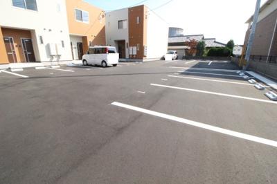 【駐車場】カーサ・パーチェ