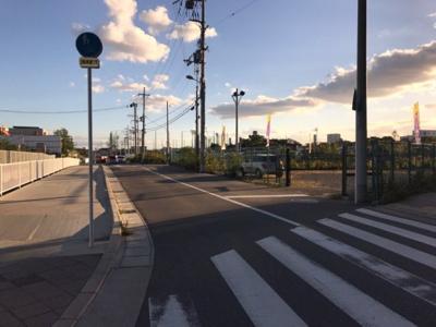 【前面道路含む現地写真】寝屋川市讃良東町 売土地