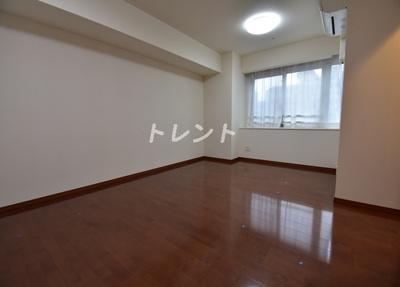 【居間・リビング】新橋プラザビル