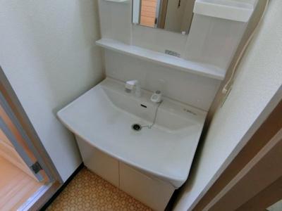 独立洗面台です