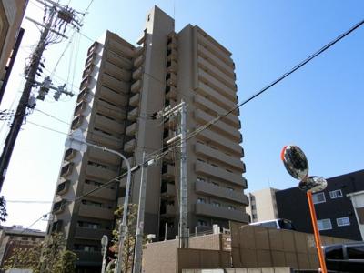 【現地写真】 総戸数58戸のマンションです♪