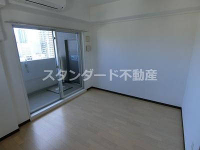 【寝室】レジュールアッシュ梅田北