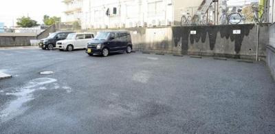 【駐車場】アーバンロジェ