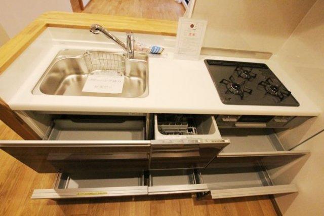朝日プラザ薬院(1LDK) 食洗器付きのキッチン。