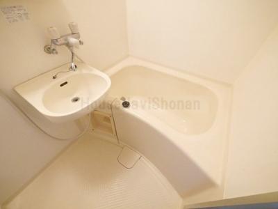 【浴室】リーズ鵠沼海岸