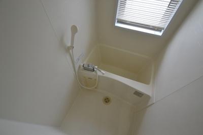 【浴室】ラ・サンテ王子公園
