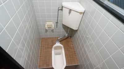 【トイレ】ハイムアサヒ1階店舗