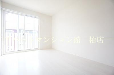 【洋室】BLESSHOUSE柏西町C