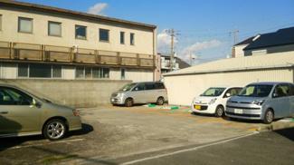 【駐車場】久々知3丁目510シャッター付ガレージ 管理番号33
